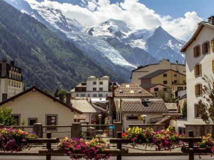 Mont Blanc s kartou - ïábelské ©výcarsko